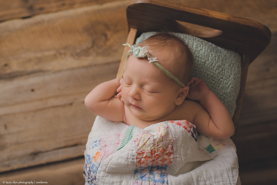 Lacey ellyn photography is lake countys premier newborn photographer who also specializes in maternity family child and baby photography